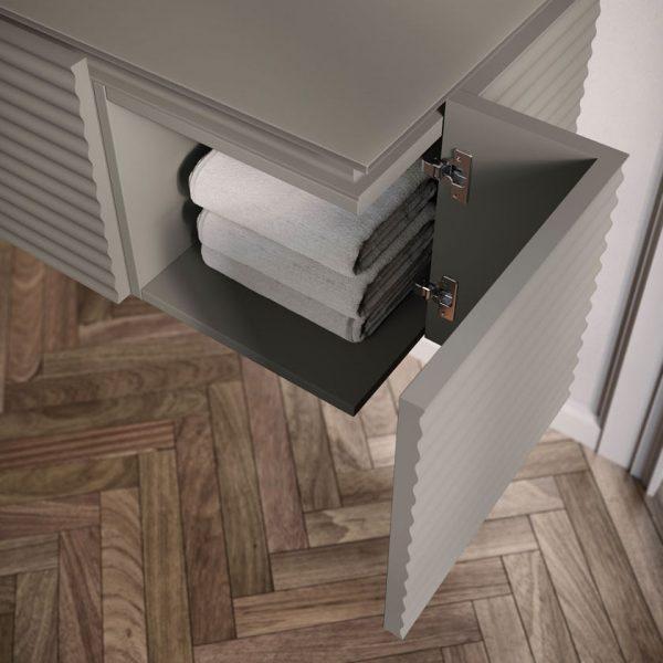 Base unit with 90° corner opening door
